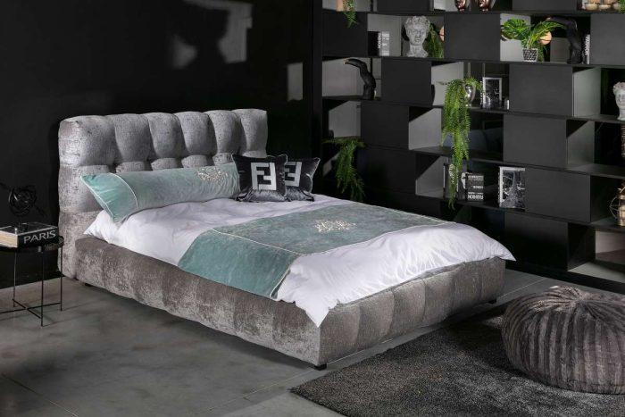 חדר שינה מעוצב בובה