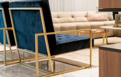 כורסא מעוצבת פליז