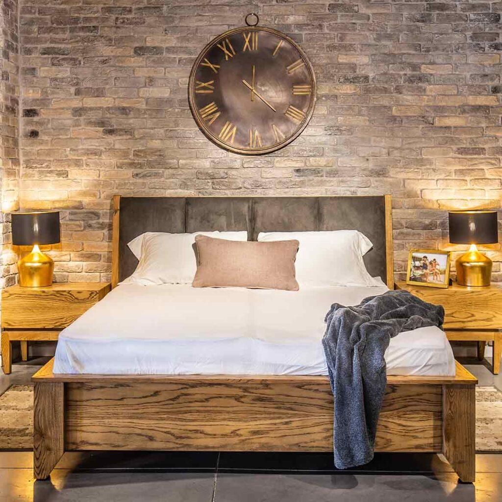רהיטי קיבוץ השלושה מיטות זוגיות עץ